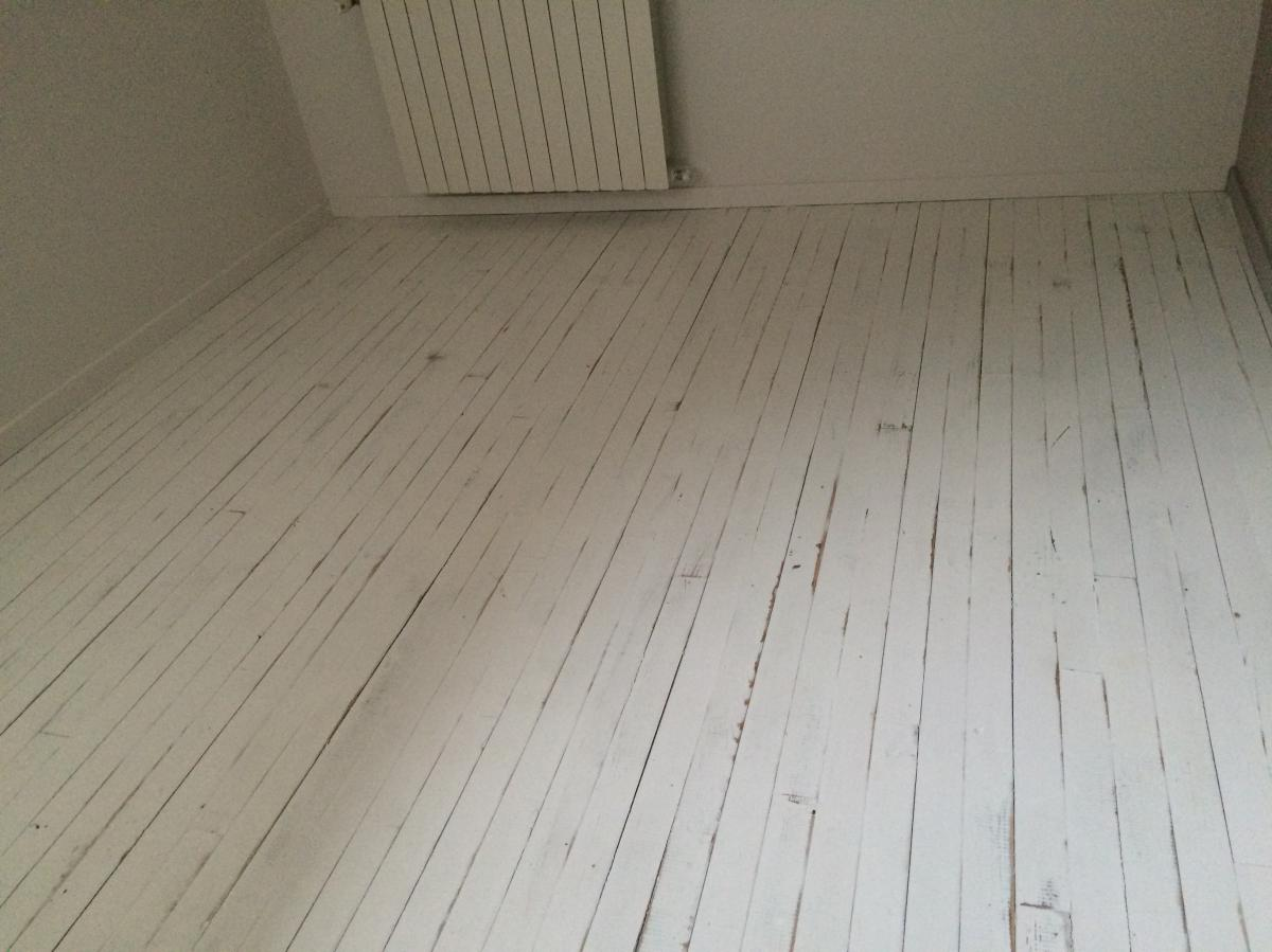 renovation et vitrification de parquet couleurs d39aure With parquet peint blanc
